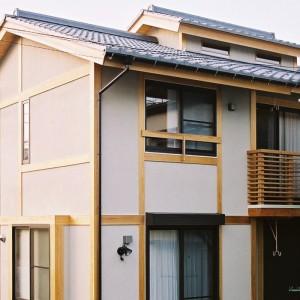 Ishikura H