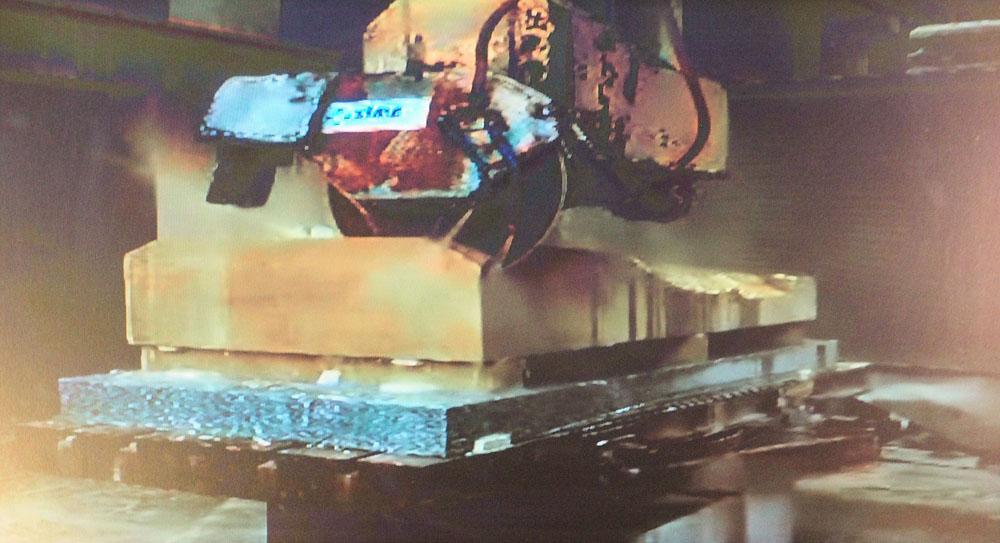 サグラダファミリア CNC加工機